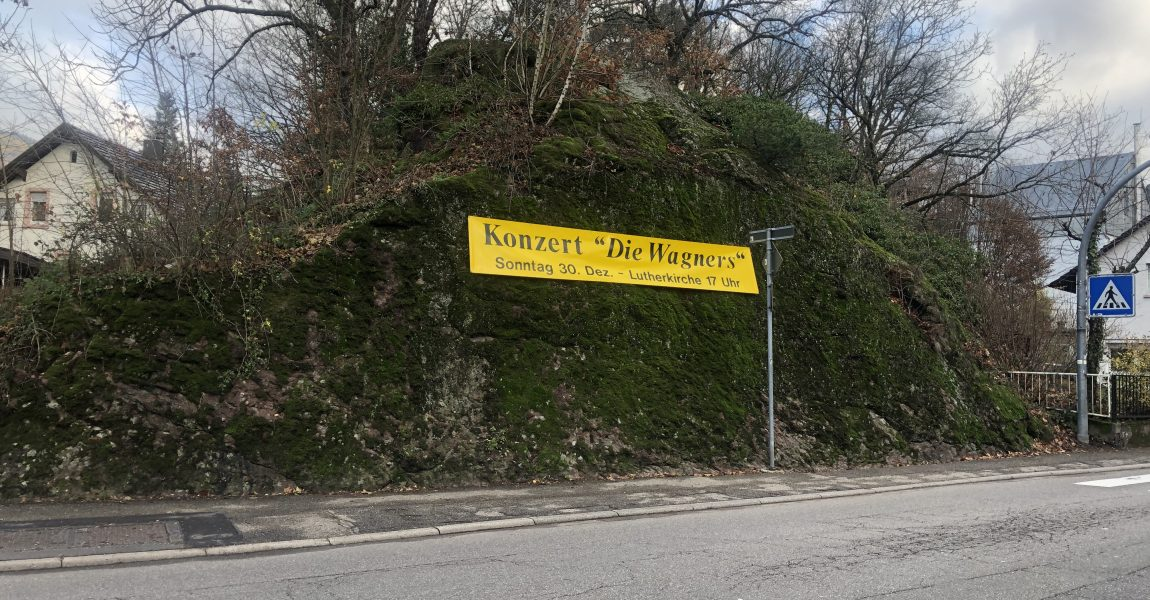 """CDU-Fraktion beantragt weitere Nutzung des sogenannten """"Capri-Felsen"""" in Lichtental als Fläche für Vereinswerbung"""